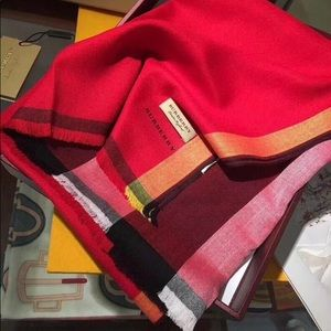 Authentic Burberry scarf cashmere